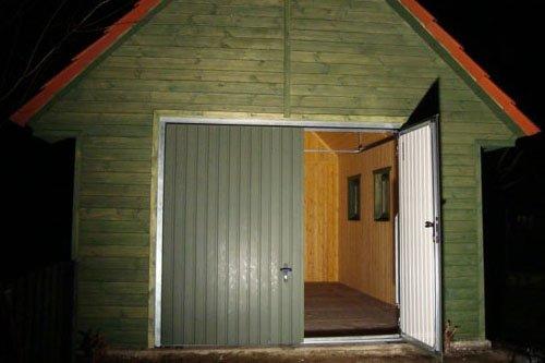 Budowa Garażu Drewnianego